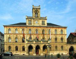 1280px-Weimar_City_hall